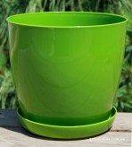 Пластиковые вазоны для цветов «Ага» зелёного цвета