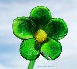 Зелёная ромашка из стекла