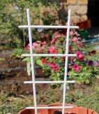 Лесенка для цветов пластмассовая