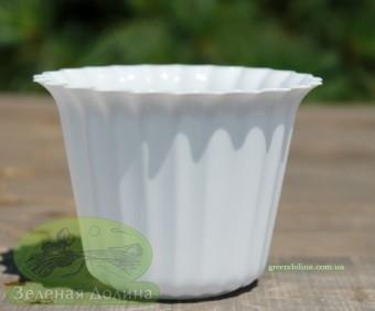 Пластиковый горшок для цветов «Люська» белый