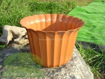 Пластиковый горшок для цветов «Люська» - терракотовый