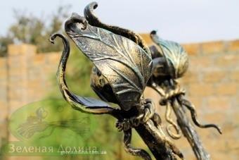 Кованая подставка для цветов «Виноград» - стальной цветок